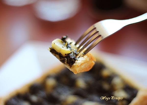 Ciasto francuskie ze szpinakiem