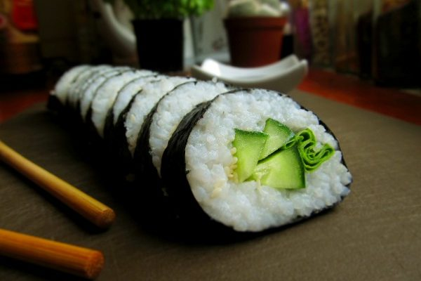Sushi z ogórkiem, wegańskie