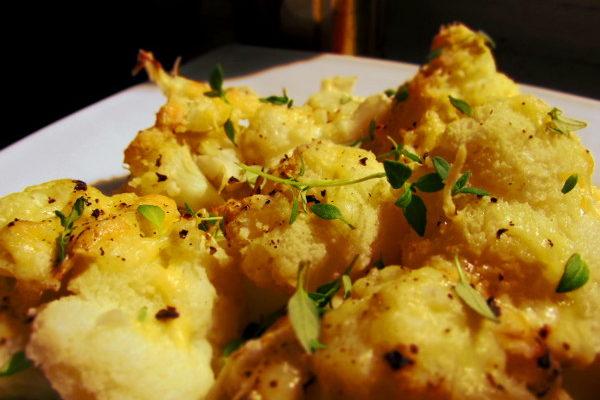 Kalafior zapiekany z serem
