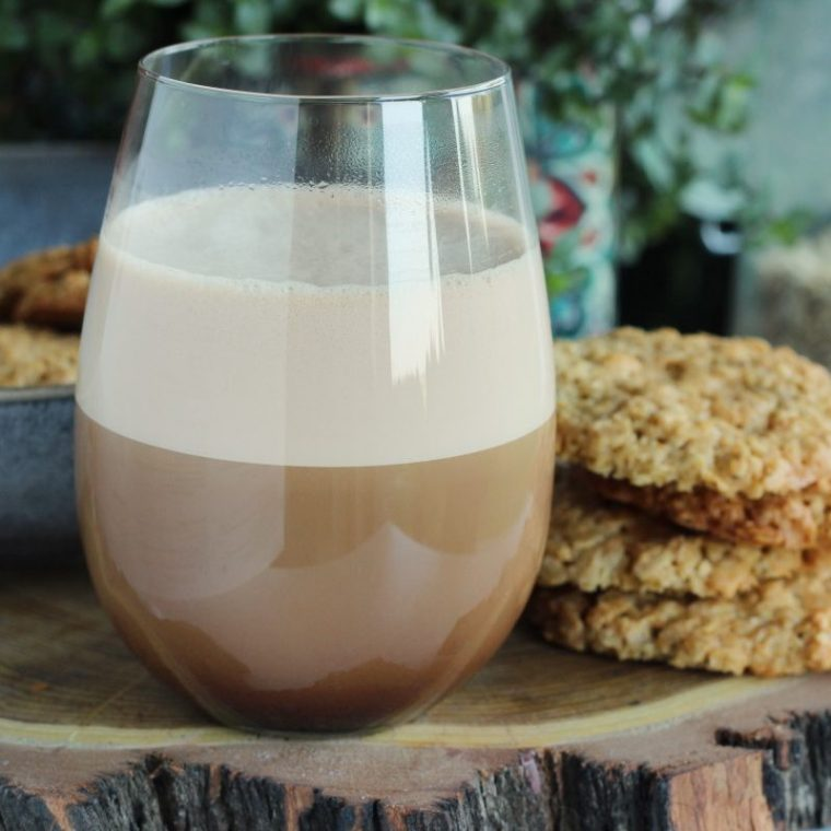 Białkowa kawa kuloodporna (keto, wegańska)