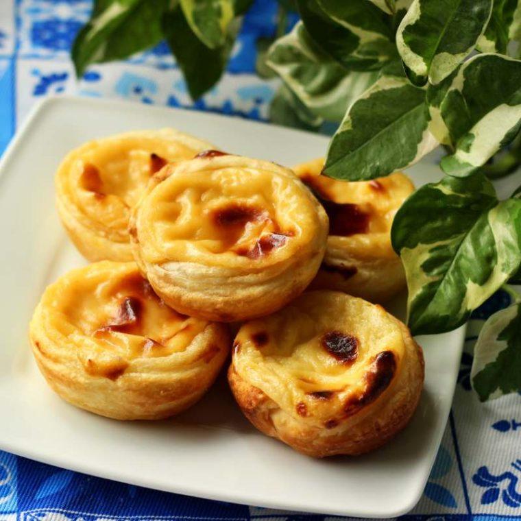 Pastéis de nata – portugalskie tarty z masą budyniową