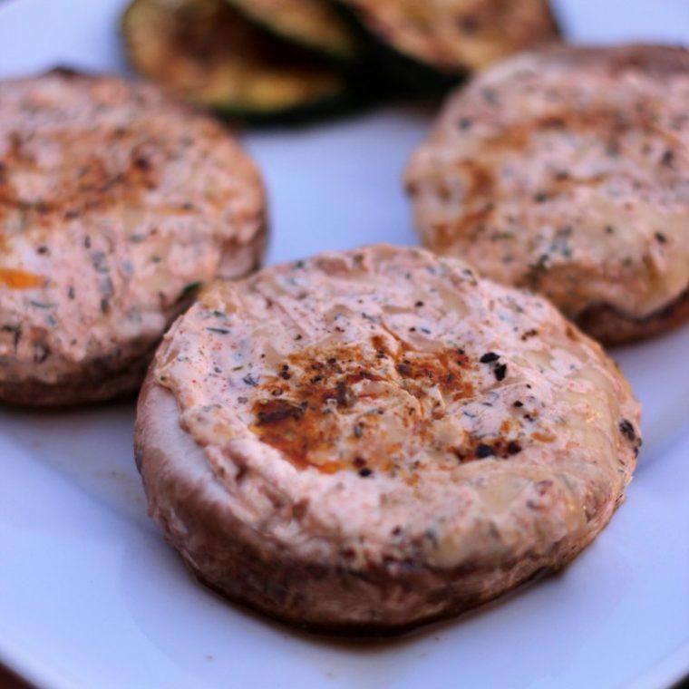 Pieczarki z grilla z nadzieniem serowym (keto, bez glutenu)