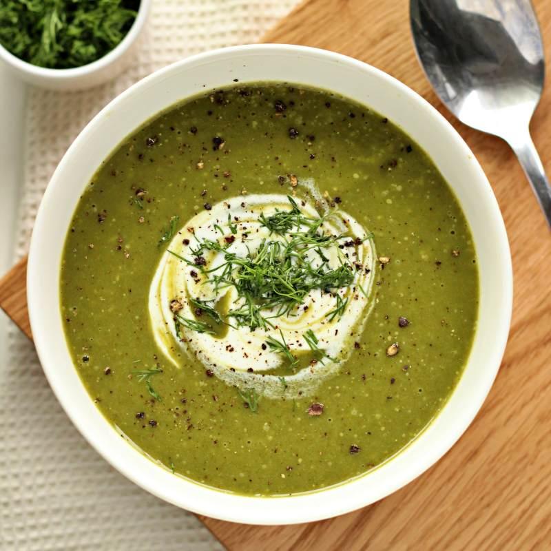 Krem z brokułów ze szpinakiem (keto, low carb, wegański)